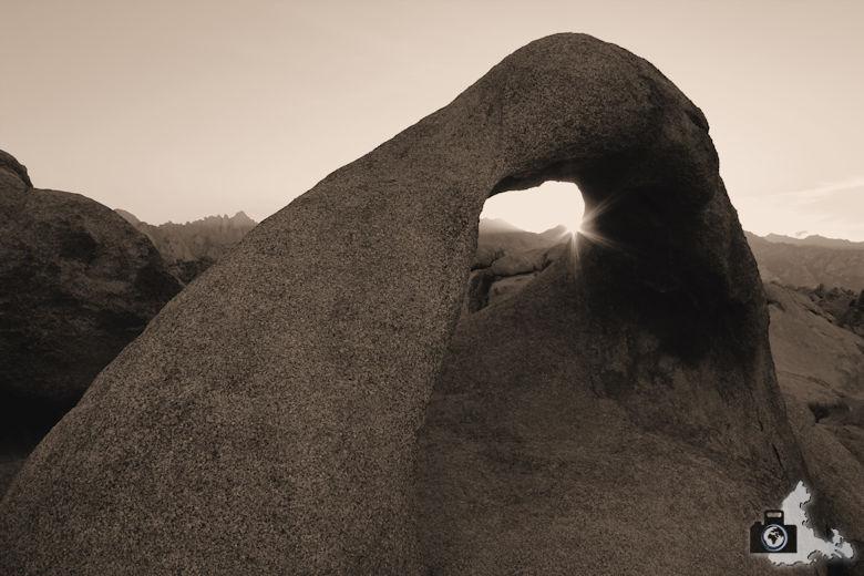 Alabama Hills - Mobius Arch