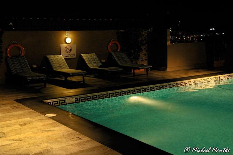 Bur Dubai Hotel Pool auf dem Dach