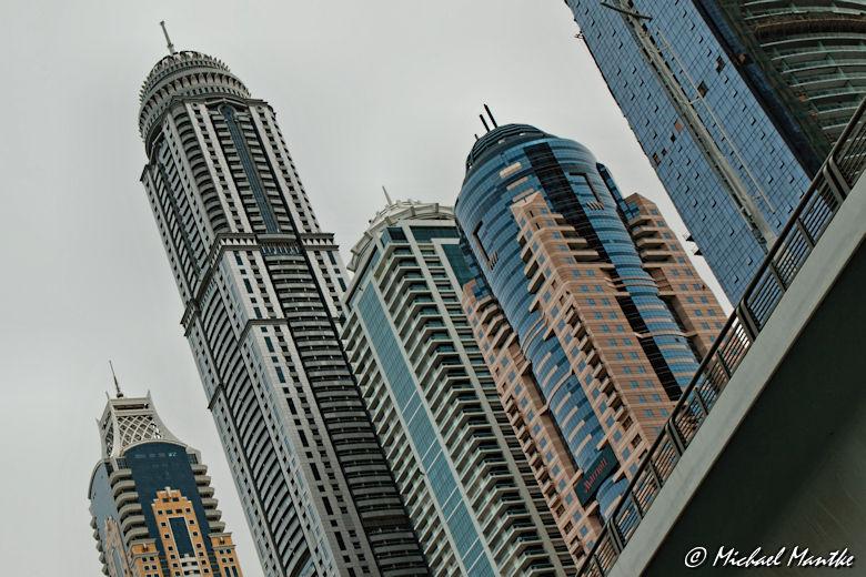 Marina Dubai Walk Skyscraper