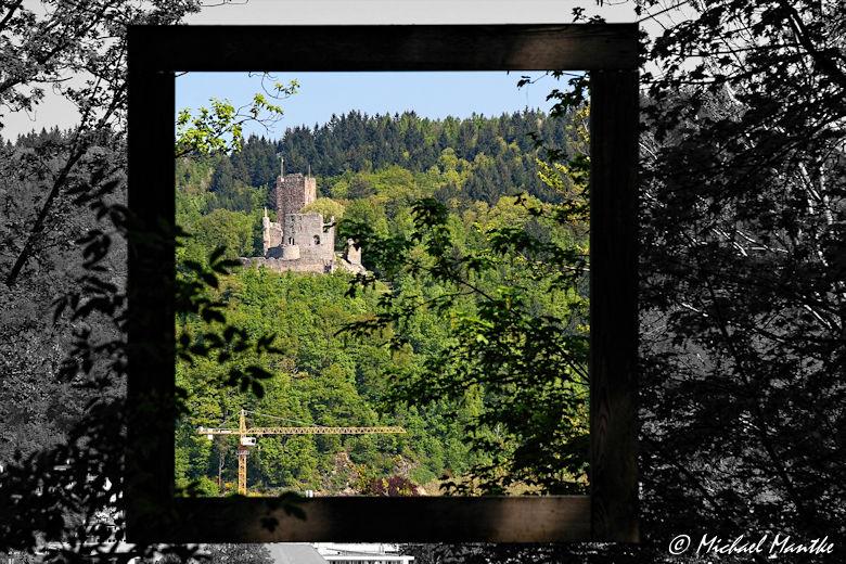 Kastelburg Waldkirch im Rahmen