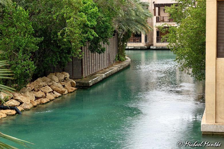 Souk Madinat Jumeirah im Regen