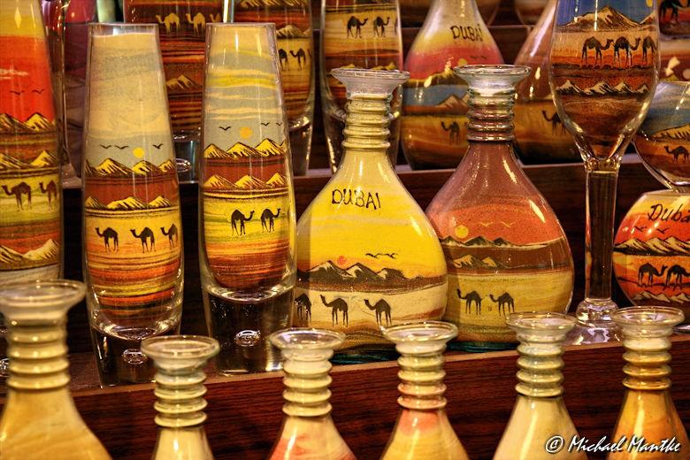 Souk Madinat Jumeirah - Sandbilder in Flaschen