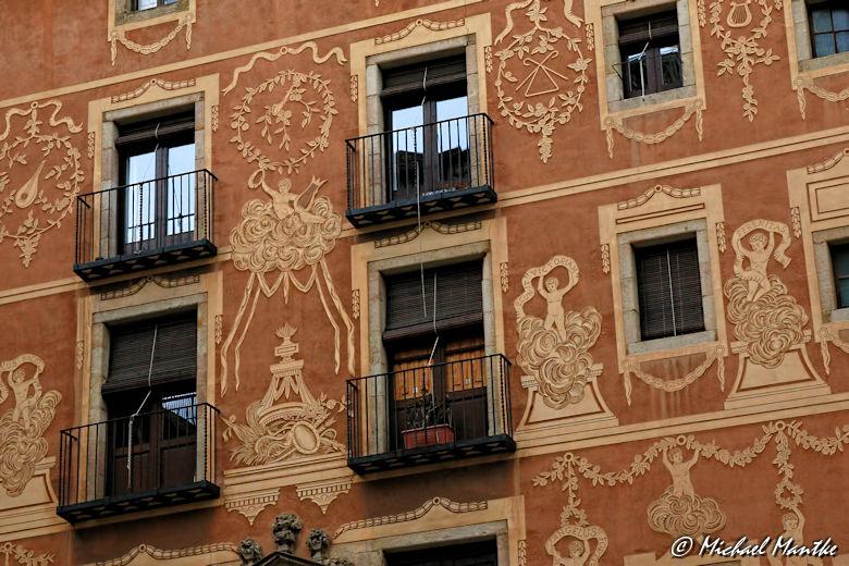 Barcelona - Häuserfassade Gotisches Viertel