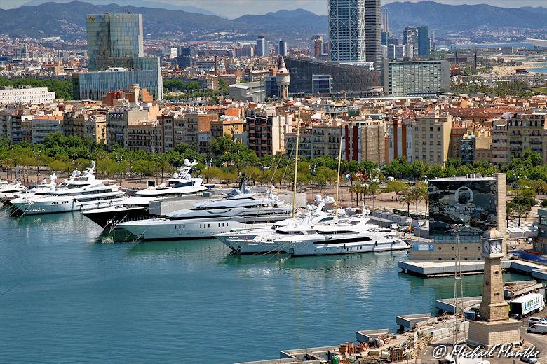 Barcelona Hafen Luxusyachten