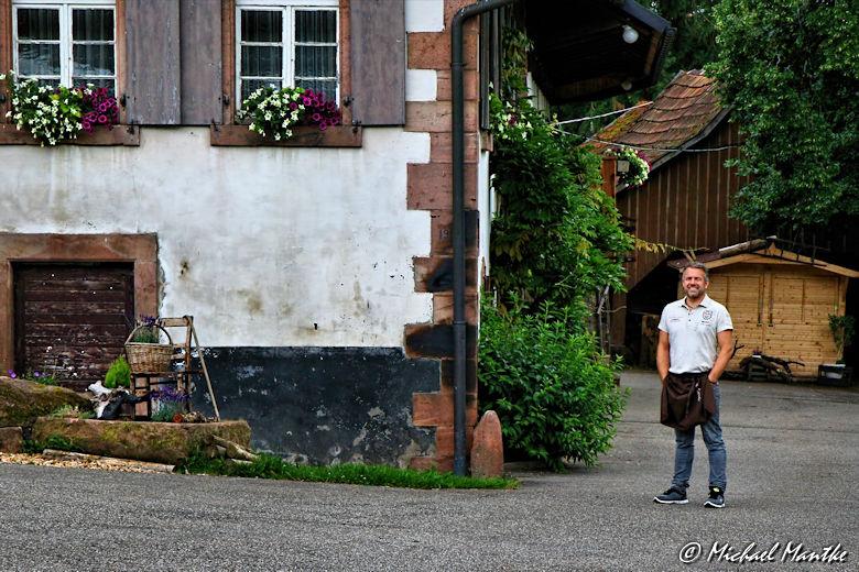 Hahn-und-Henne-Runde Vogt auf Mühlstein Vesperstube