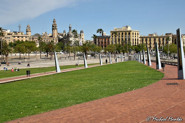 Barcelona vor dem Aquarium Barcelona