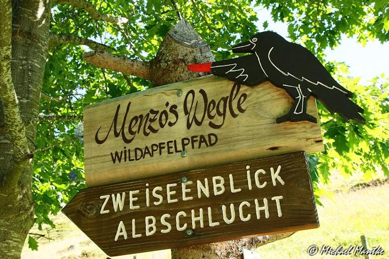 Menzenschwand Geissenpfad Menzo's Wegle Hinweisschild
