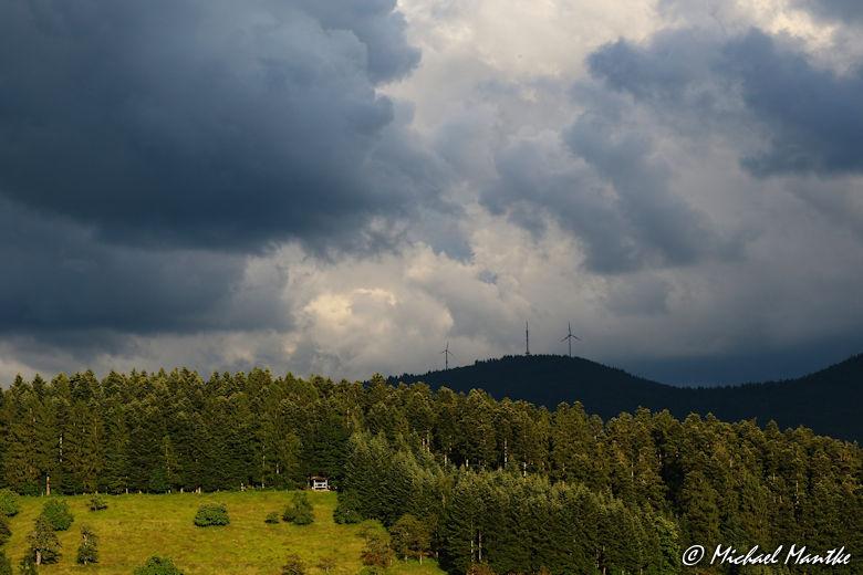 Unwetter im Schwarzwald Gewitterwolken