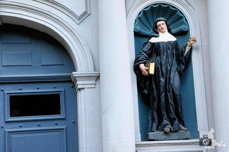 Luxemburg Abtei Neumuenster Nonne