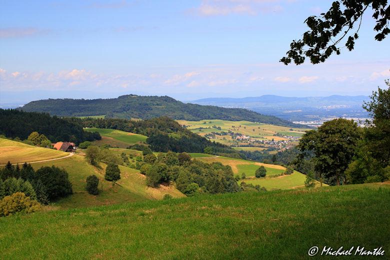 Blick auf den Schönberg im Schwarzwald