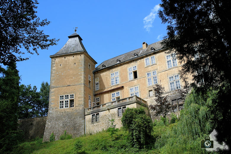 Burg Beaufort in Luxemburg - Renaissanceschloss