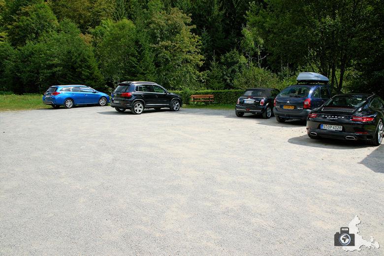Burgbachwasserfall Wanderung - Parkplatz vor Burgbach