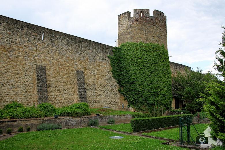 Stadtmauer in Echternach, Luxemburg