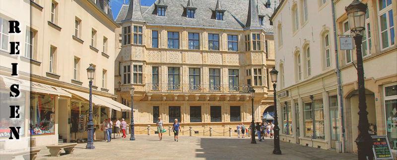 gro herzoglicher palast in luxemburg erkunde die welt. Black Bedroom Furniture Sets. Home Design Ideas