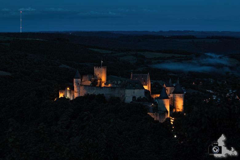 Burg Bourscheid bei Nacht