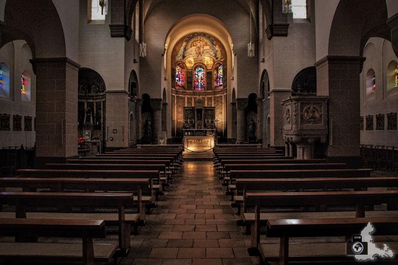 Clervaux Pfarrkirche Innenraum