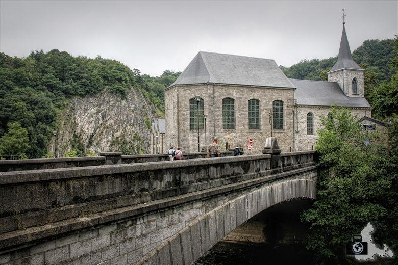 Brücke über die Ourthe in Durbuy in den Ardennen