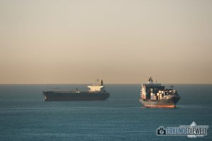 Mittelmeer Kreuzfahrt - Containerschiffe