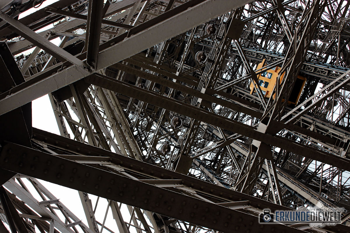 15fra0019-paris-eiffel-tower