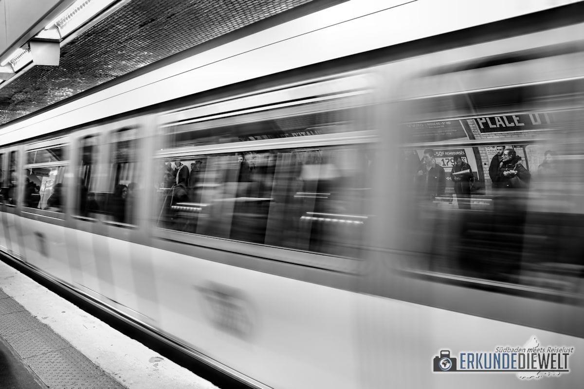 15fra0025-paris-metro