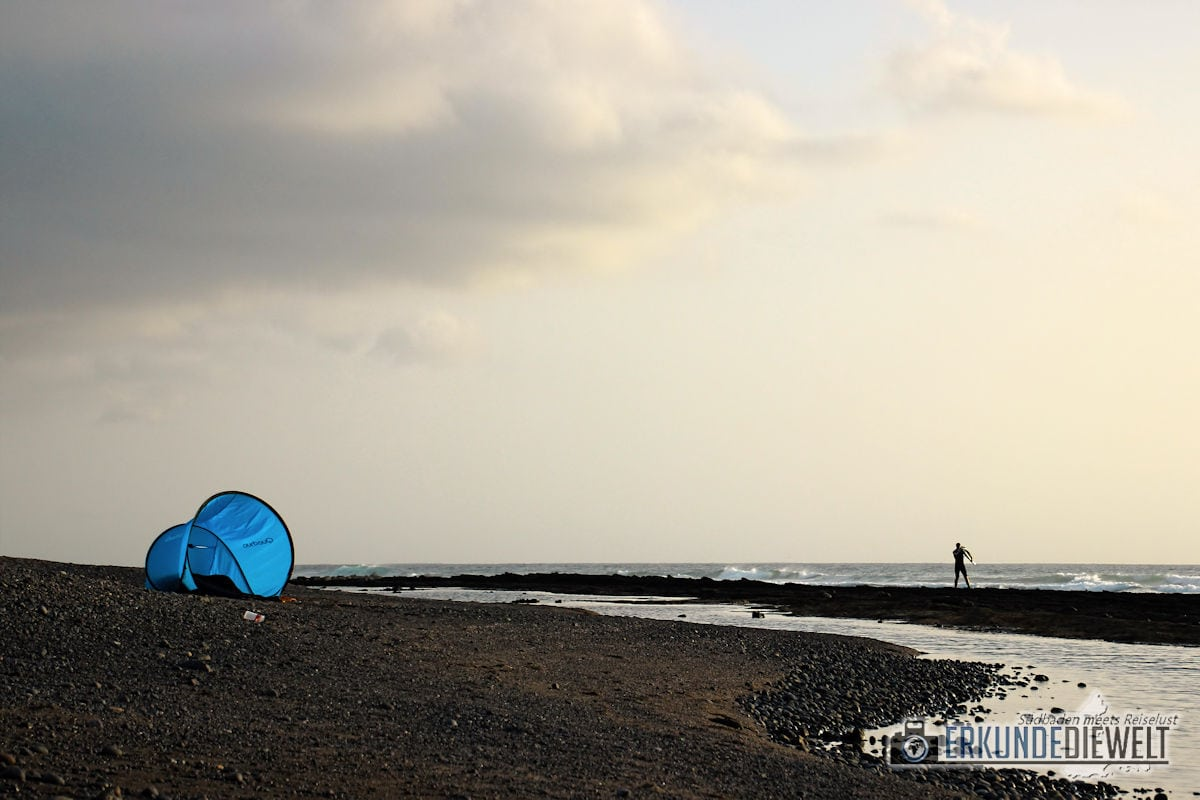 15spa0053-tenerife-beach-sunset-blue-tent