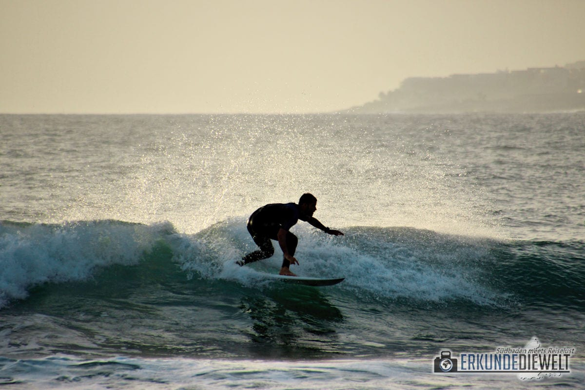 15spa0054-tenerife-surfer