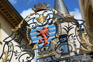 Wappen am Tor zum Großherzoglichen Palast, Luxemburg Stadt, Luxemburg