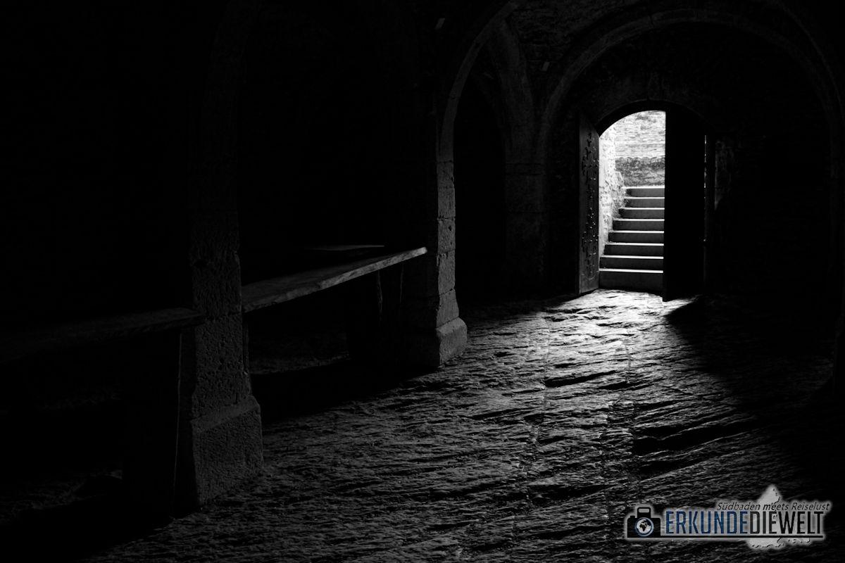 Im Keller von Burg Bourscheid, Luxemburg