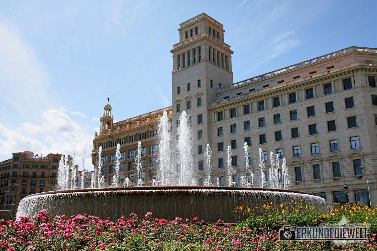 Placa de Catalunya, Barcelona, Spanien