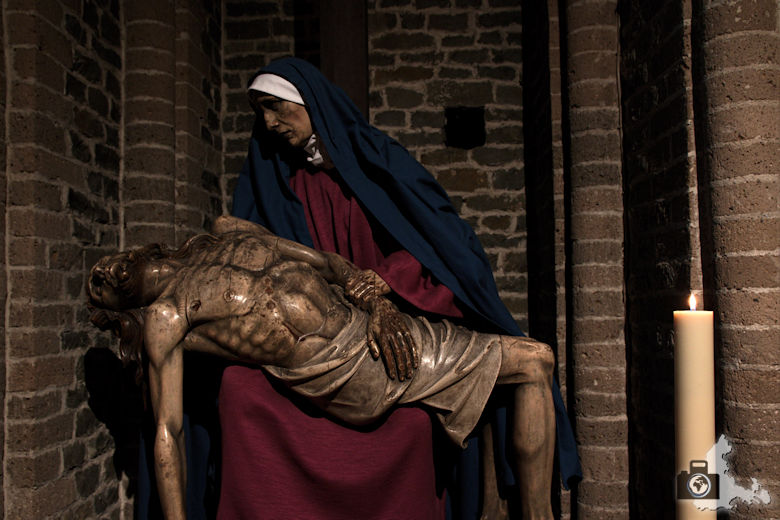 Brügge Sehenswürdigkeiten - Heilig Blut Basilika