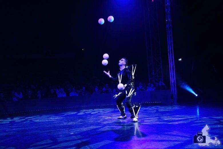 Fotografie-Tipps: Fotografieren im Zirkus - Dmitry Chernow der Schamane