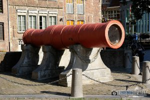 Kanone, Gent, Brüssel