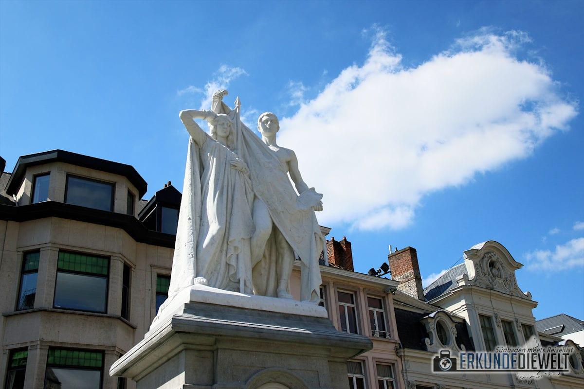 Denkmal, Gent, Brüssel