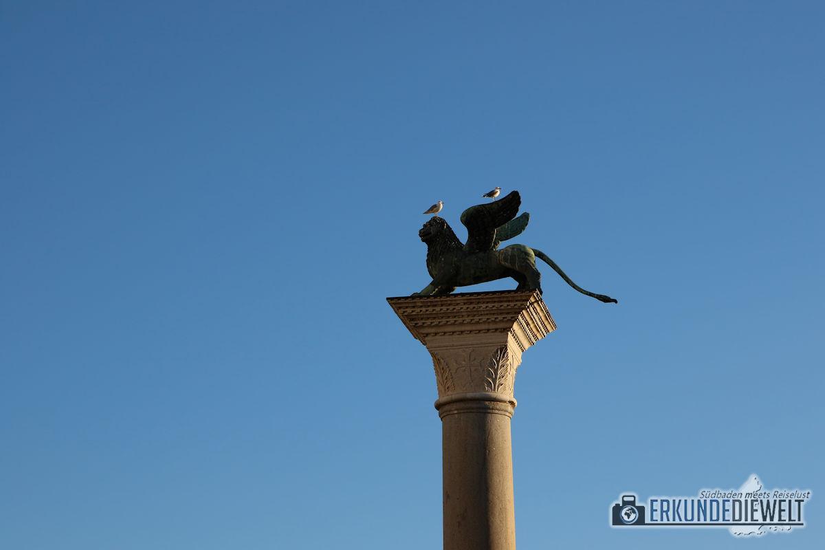 Löwenskulptur am Markusplatz, Venedig, Italien