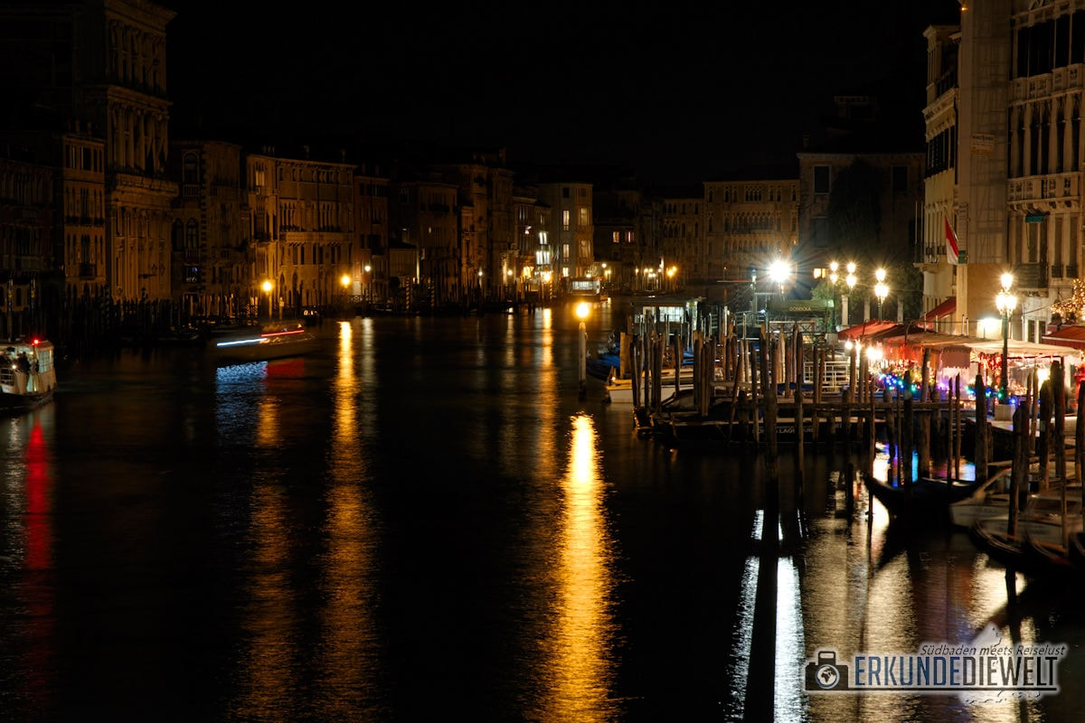 Canal Grande in der Nacht, Venedig, Italien