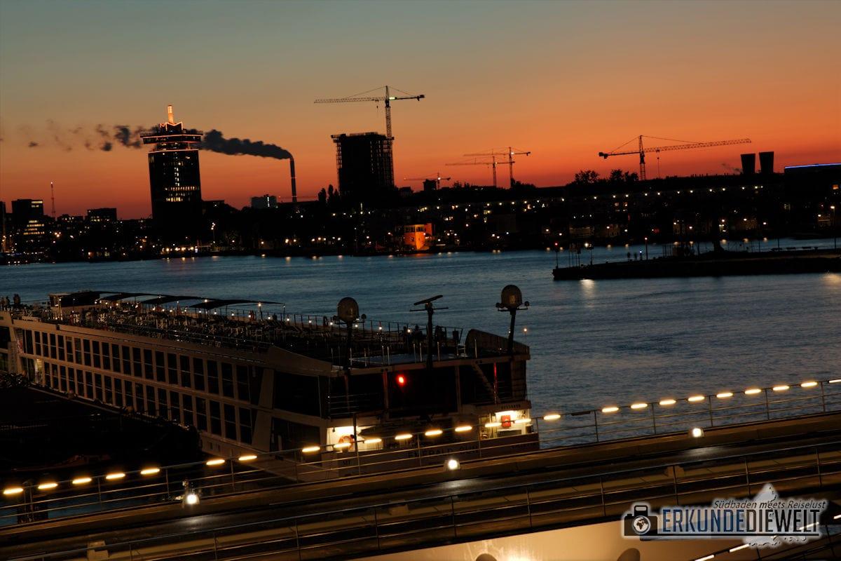 Nächtliches Amsterdam, Niederlande