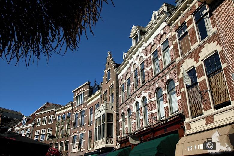 Unterwegs in Utrecht in den Niederlanden - Häuserfassaden