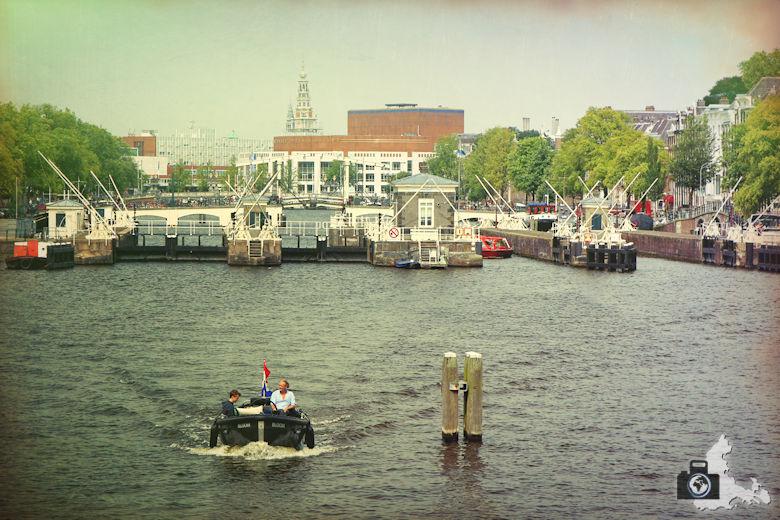 amsterdam-gracht-04