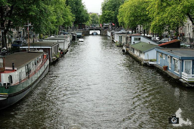 amsterdam-gracht-hausboote-01