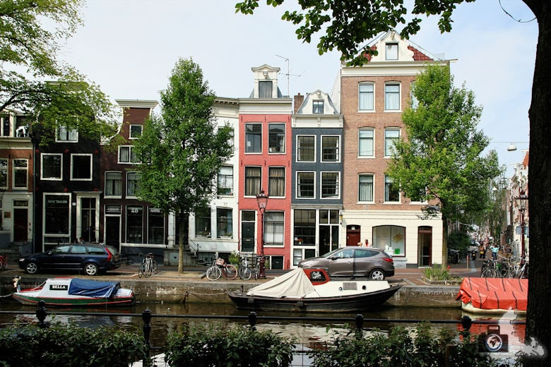 amsterdam-schiefe-haueser