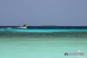 Meer mit Boot, Ukulhas, Malediven