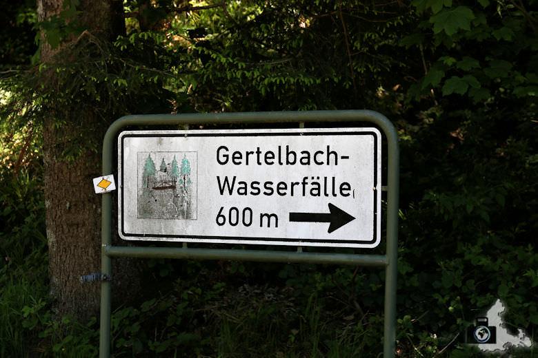 buehlertal-gertelbach-wasserfaelle-wegweiser