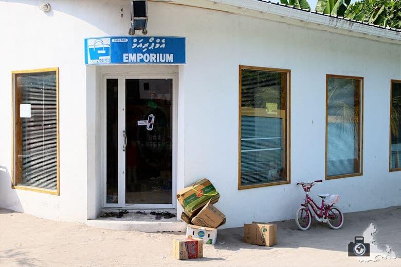 Malediven Ukulhas Emporium Shop