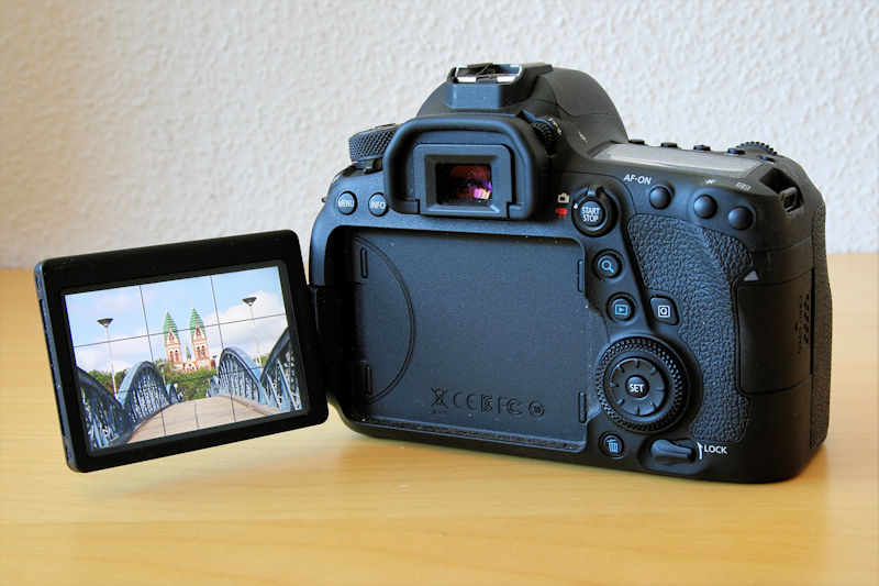 canon-eos-6d-mark-ii-klappbares-touchdisplay