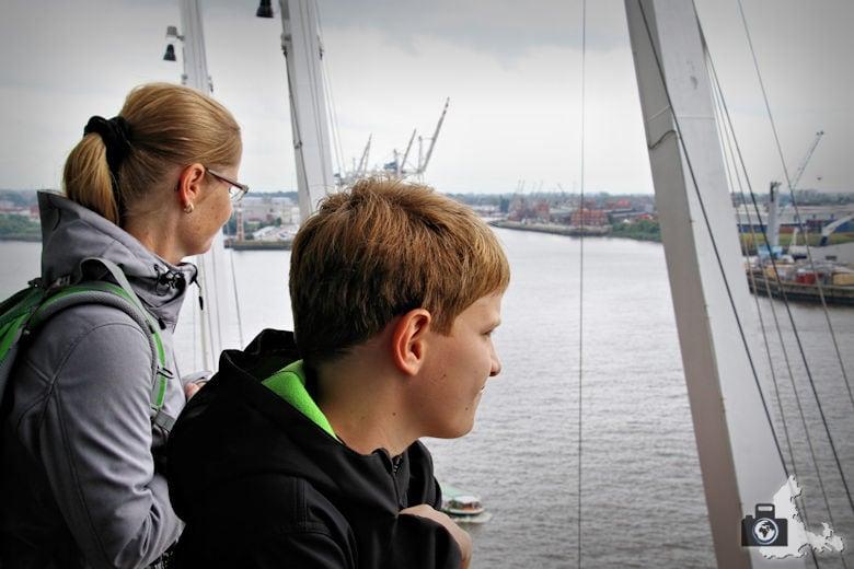 Aussicht über Hamburg von der Plaza der Elbphilharmonie