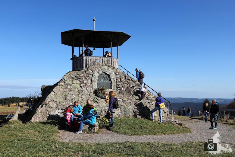 Aussichtsplattform auf dem Kandel Gipfel