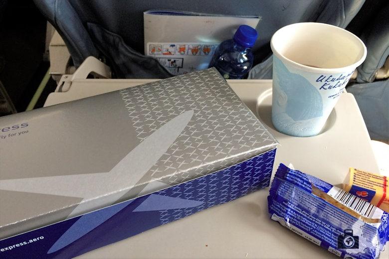 Inlandsflug nach Kapstadt mit der Turbopro Dash 8 der SAA - Snacks