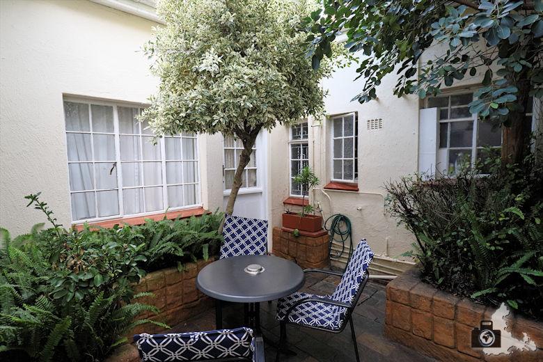 Brenwin Guest House in Kapstadt - Innenterrasse