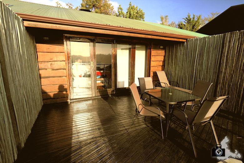 Elephant Hide of Knysna Guest Lodge - Terrasse bei Sonnenuntergang