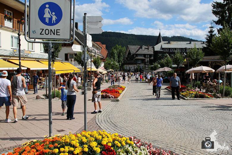 Sehenswürdigkeiten und Wissenswertes über Titisee-Neustadt im Schwarzwald - Einkaufsstraße